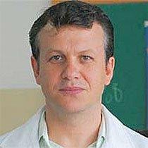 Professor de Geografia de 6ª série em Londrina, a 370 quilômetros de Curitiba, conta como mudou a maneira de ensinar a disciplina. Foto: Paulo Wolfgang