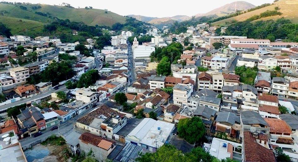 Cidade no Rio de Janeiro abre quase 70 vagas na Educação