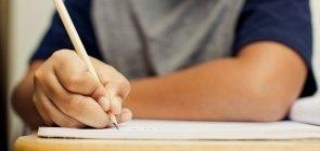 A importância de monitorarmos indicadores educacionais