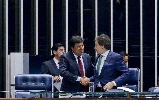 Ministro Mendonça Filho e o presidente Eunício de Oliveira na votação sobre a reforma do Ensino Médio