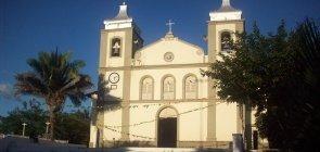 Maranhão abre quase 500 vagas com salários de até R$ 3 mil