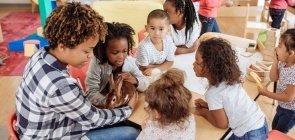 NOVA ESCOLA lança curso ao vivo sobre planejamento dos espaços na Educação Infantil