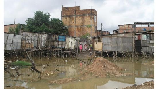 Enchentes urbanas em decorrência de chuvas