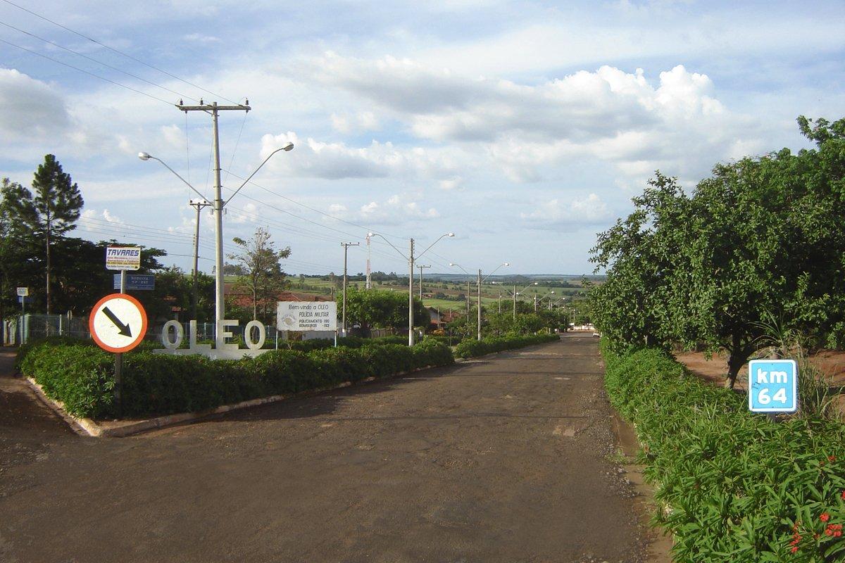 Entrada do município de Óleo, no interior de São Paulo