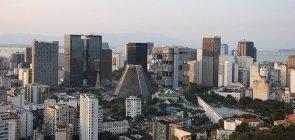 PUC-RIO abre vaga para professor de Física