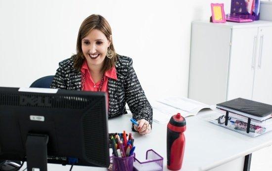 Duas tabelas para o coordenador organizar tarefas mensais e semanais