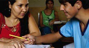 CAMPO DE AULA - Depois de registrar dados nas fazendas, interpretação com ajuda individual