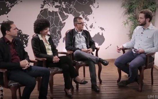 Um professor, uma professora e um diretor participam de debate com o diretor editorial da Nova Escola