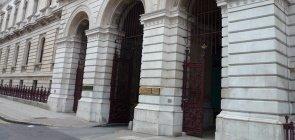 Consulado Britânico procura especialistas em ensino de inglês