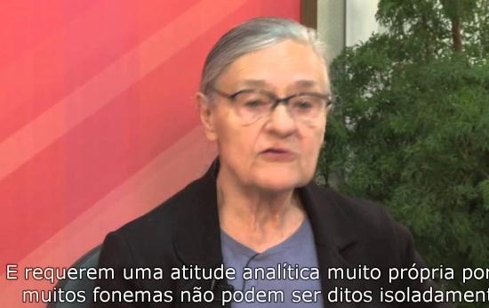 Emilia Ferreiro: consciência fonológica é pré-requisito para escrever?