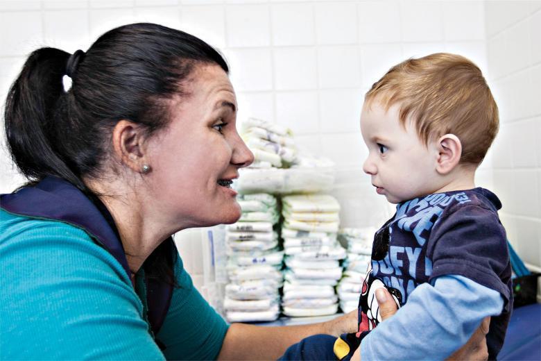Os bebês entendem tudo e respondem