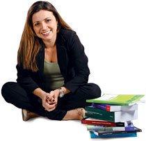 Ariella vai repassar o que aprendeu a outros professores de inglês. Foto: Meireles Júnior