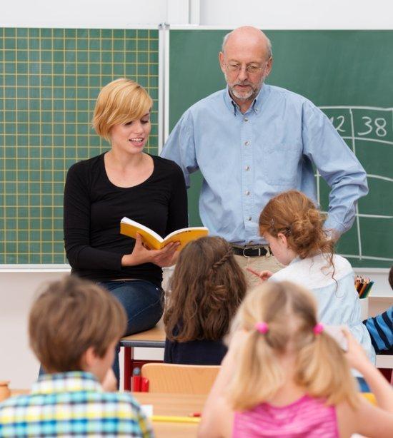 Tem um estagiário de Pedagogia ou Licenciatura em minha sala de aula. E agora?