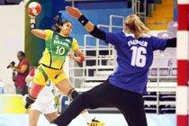 Seleção feminina do Brasil enfrenta a Hungria nos Jogos de Beijing 2008. Foto: Wander Roberto / Divulgação COB
